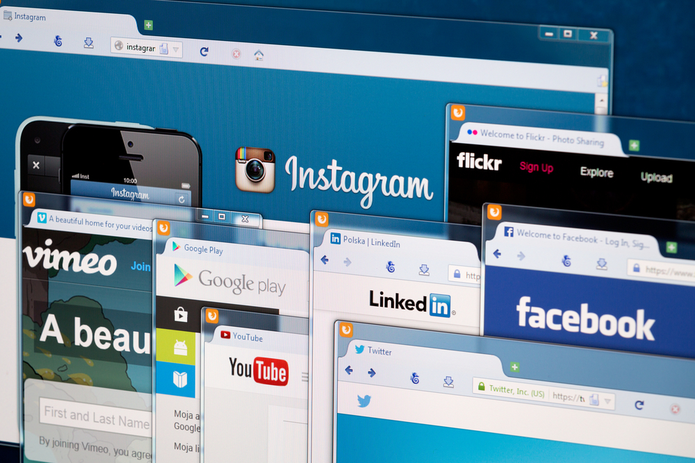 publish content on social media channels